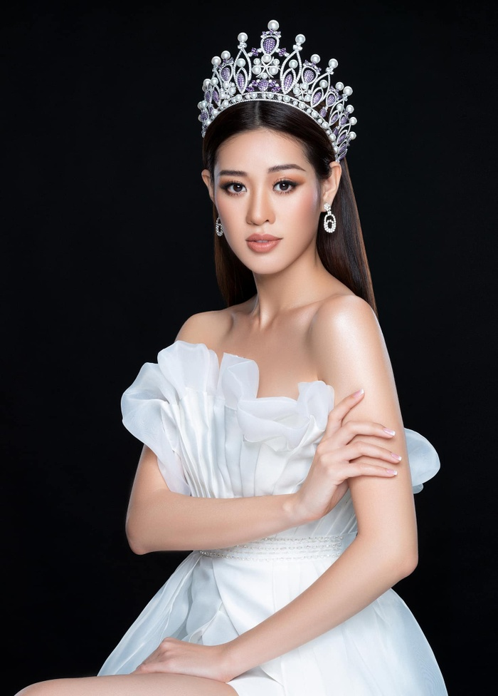 So nhan sắc, trình độ catwalk của Khánh Vân và Tân Hoa hậu Hoàn vũ Thái Lan: Ai hơn ai? Ảnh 17