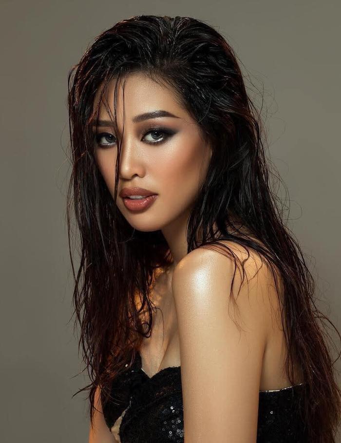 So nhan sắc, trình độ catwalk của Khánh Vân và Tân Hoa hậu Hoàn vũ Thái Lan: Ai hơn ai? Ảnh 10