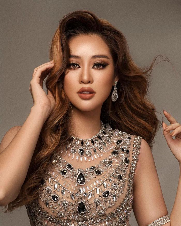 So nhan sắc, trình độ catwalk của Khánh Vân và Tân Hoa hậu Hoàn vũ Thái Lan: Ai hơn ai? Ảnh 16