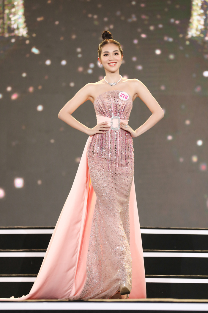 Á hậu hát Rap Kiều Loan trình diễn rực lửa lấn át nhan sắc Top 35 Hoa hậu Việt Nam 2020 Ảnh 13