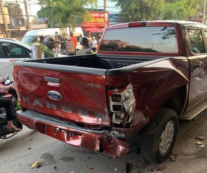 Tạm giữ hình sự tài xế 18 tuổi lái xe Mazda say rượu, đâm tử vong người đi bộ, điên cuồng tông nhiều phương tiện Ảnh 3