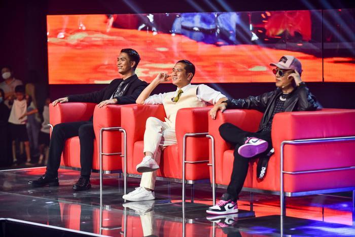 DICK - Sáng lập nhóm rapper underground 'Bạn có tài mà' lên tiếng về 'rap fan tháng 8' Ảnh 2