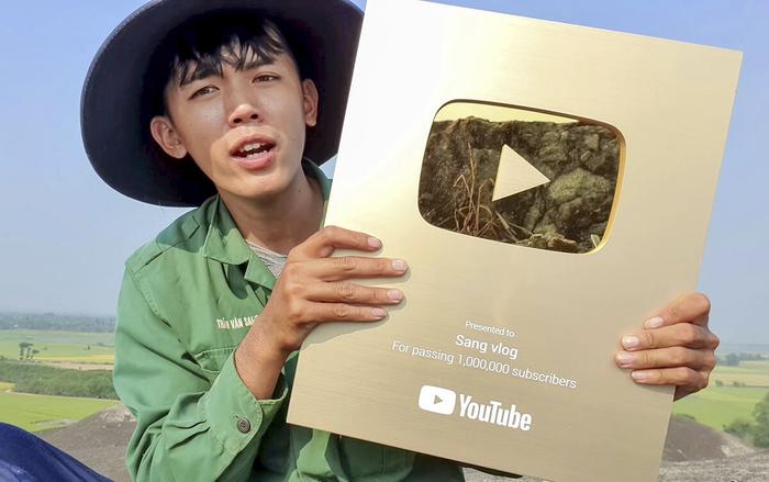 Vì sao một kênh YouTube có thể bị tắt kiếm tiền? Ảnh 4