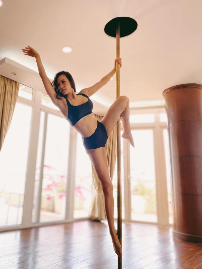 Sao Việt lên cơn sốt giảm cân bằng các môn thể thao bay lơ lửng như tiên nữ Ảnh 6