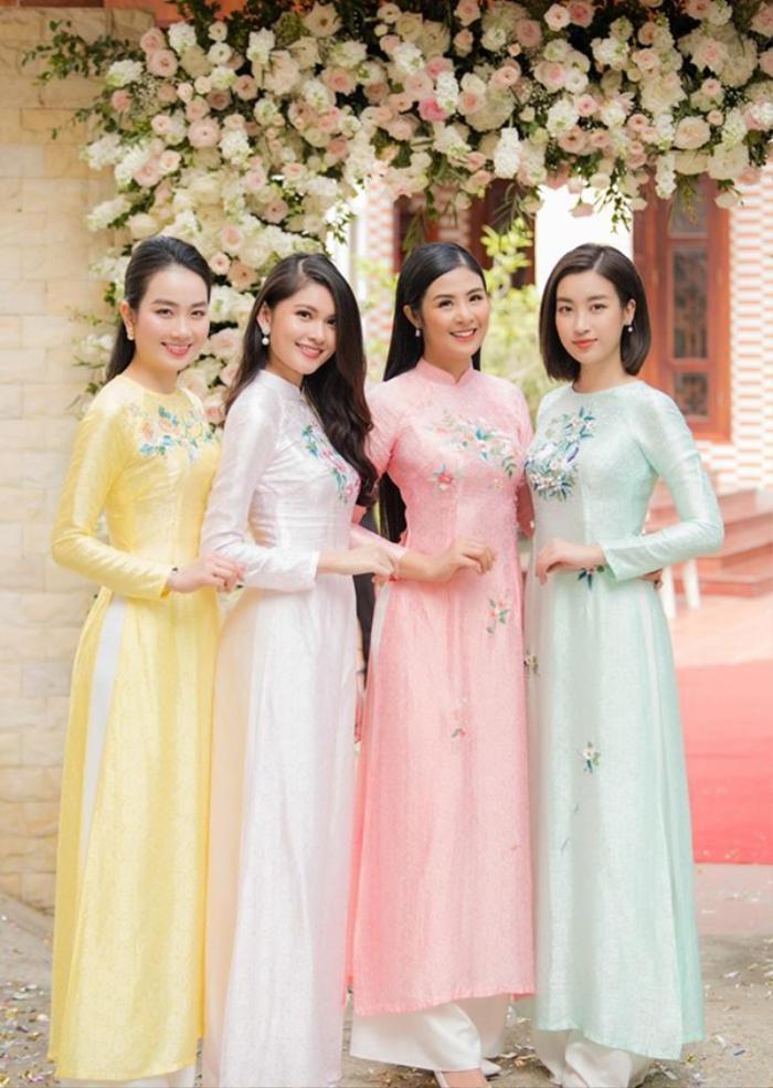 Khi các nàng hậu Việt làm phù dâu, cô dâu xinh đến mấy cũng thấp thỏm vì sợ bị chiếm sóng Ảnh 5