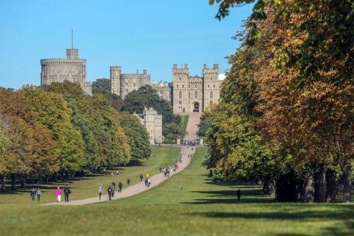 Đường hầm thoát hiểm 'ẩn nấp' trong Lâu đài Windsor của Nữ hoàng Anh Ảnh 1