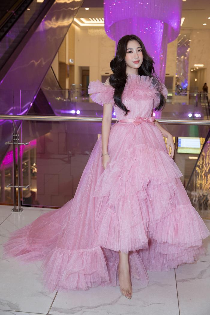 Nam Anh, Nam Em hóa thiên nga trên thảm đỏ, Linh Ka làm công chúa mong manh Ảnh 13
