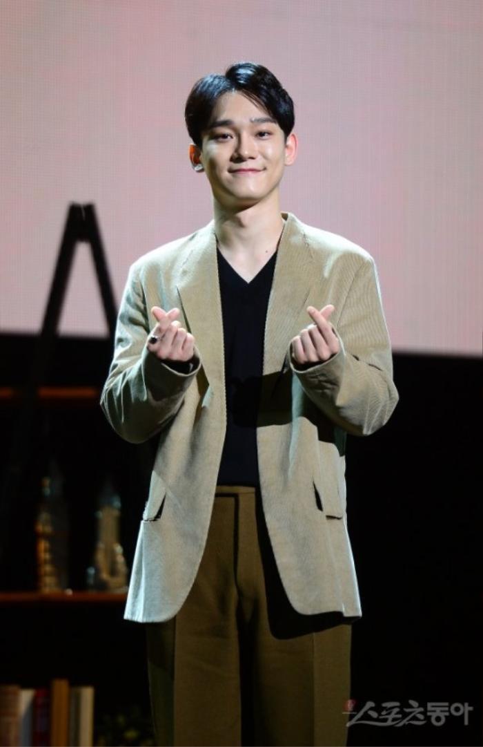 Chen (EXO) nhập ngũ sau khi cưới vợ sinh con Ảnh 1