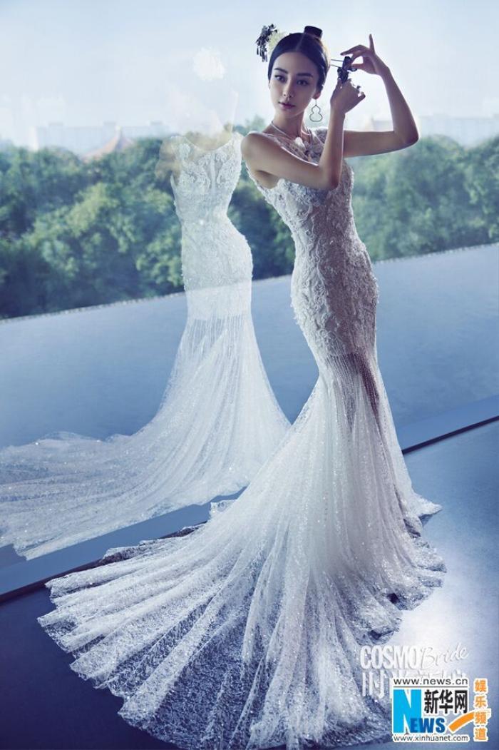 Fan ngây ngất vì Địch Lệ Nhiệt Ba & Angelababy mặc váy cưới đẹp như công chúa cổ tích Ảnh 2