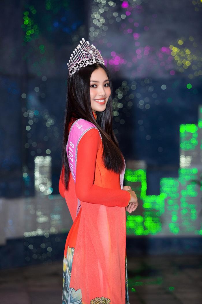 H'Hen Niê - Lương Thùy Linh - Tiểu Vy: Hoa hậu nào sở hữu vương miện đắt giá nhất Việt Nam? Ảnh 13