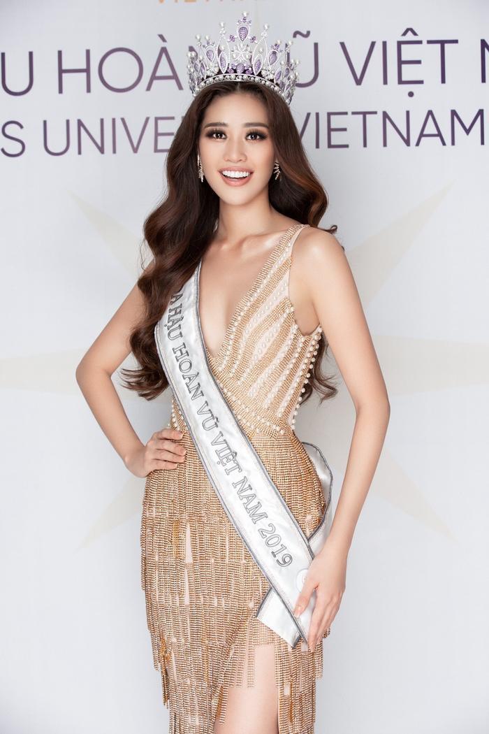 H'Hen Niê - Lương Thùy Linh - Tiểu Vy: Hoa hậu nào sở hữu vương miện đắt giá nhất Việt Nam? Ảnh 5