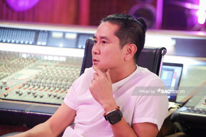 Giám đốc âm nhạc King Of Rap Hồ Hoài Anh: 'Các bạn Rapper trẻ trông bụi bặm nhưng bản chất lại có tâm hồn đẹp' Ảnh 12