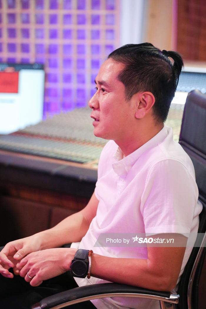 Giám đốc âm nhạc King Of Rap Hồ Hoài Anh: 'Các bạn Rapper trẻ trông bụi bặm nhưng bản chất lại có tâm hồn đẹp' Ảnh 4