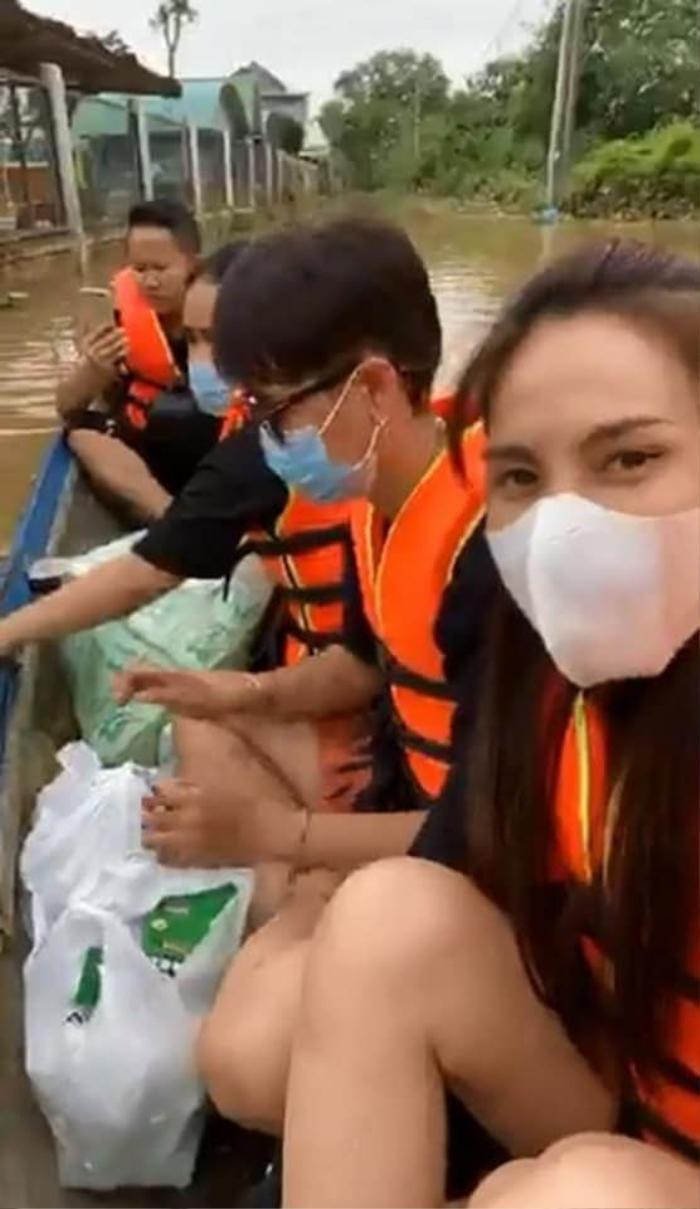 Thủy Tiên update số tiền quyên góp 40 tỷ, viết tâm thư xúc động cập nhật tình hình sau 3 ngày ra Huế cứu trợ Ảnh 3