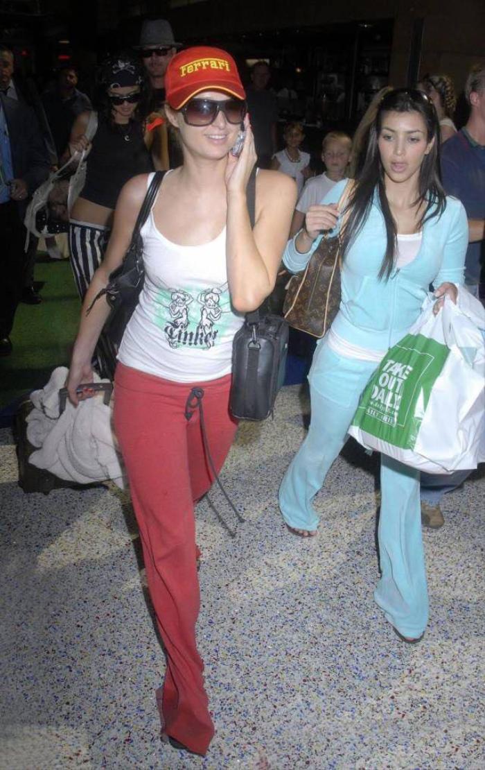 Kim Kardashian trông 'phèn' hẳn khi diện đồ đôi với Paris Hilton Ảnh 3