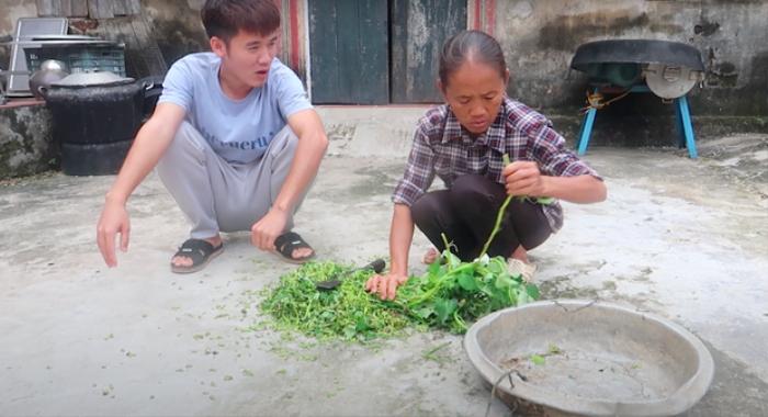 Hưng Vlog tuyên bố 'đi nước ngoài' sau hàng loạt lùm xùm về kênh YouTube Ảnh 2