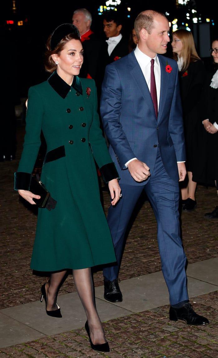 Thời trang áo khoác thanh lịch của công nương Kate Middleton Ảnh 9