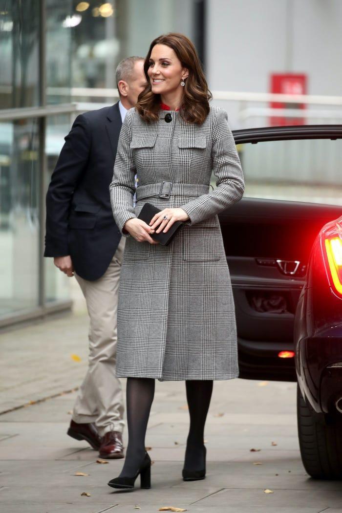 Thời trang áo khoác thanh lịch của công nương Kate Middleton Ảnh 23