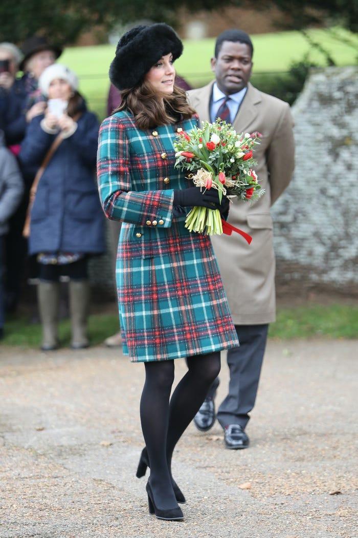 Thời trang áo khoác thanh lịch của công nương Kate Middleton Ảnh 21
