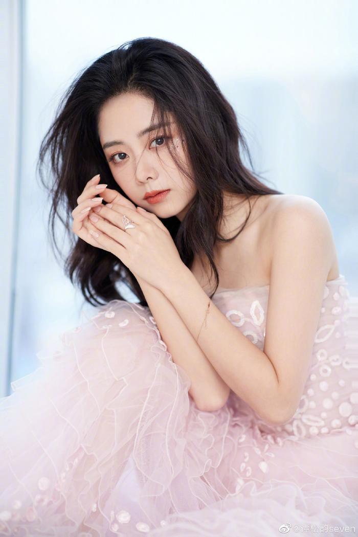 5 sao nữ không thể trở thành Nữ thần Kim Ưng khiến mọi người nuối tiếc Ảnh 1
