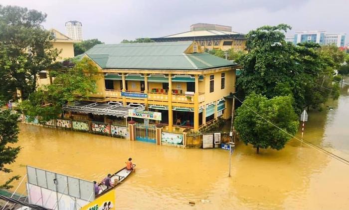 Cập nhật: 5 địa phương quyết định cho học sinh nghỉ học do diễn biến phức tạp của mưa lũ Ảnh 2
