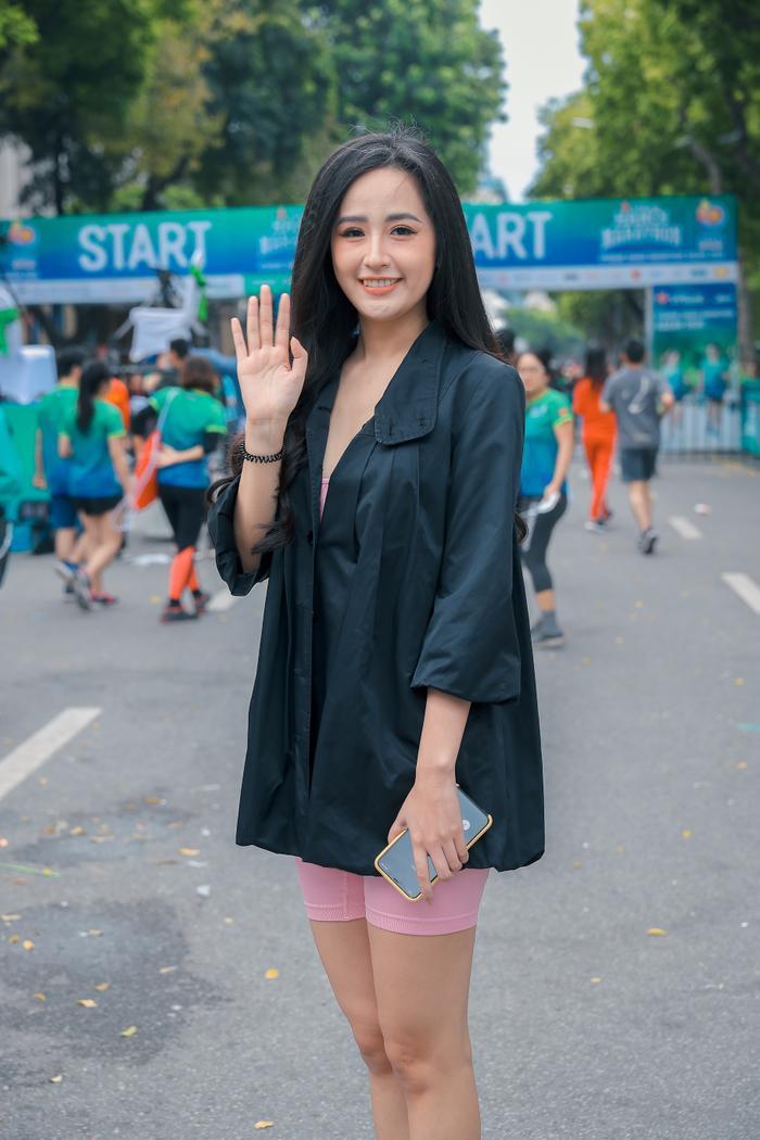 Mai Phương Thuý khoe trọn đường cong quyến rũ tại giải thi chạy bộ Ảnh 2