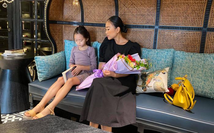 Mới 6 tuổi, con gái Đoan Trang đã sở hữu đôi chân dài tựa siêu mẫu Ảnh 3