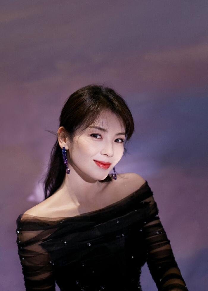 Kim Ưng 2020: Triệu Lệ Dĩnh - Vương Nhất Bác được khán giả yêu thích nhất, Thị đế và Thị hậu vô cùng xứng đáng Ảnh 6