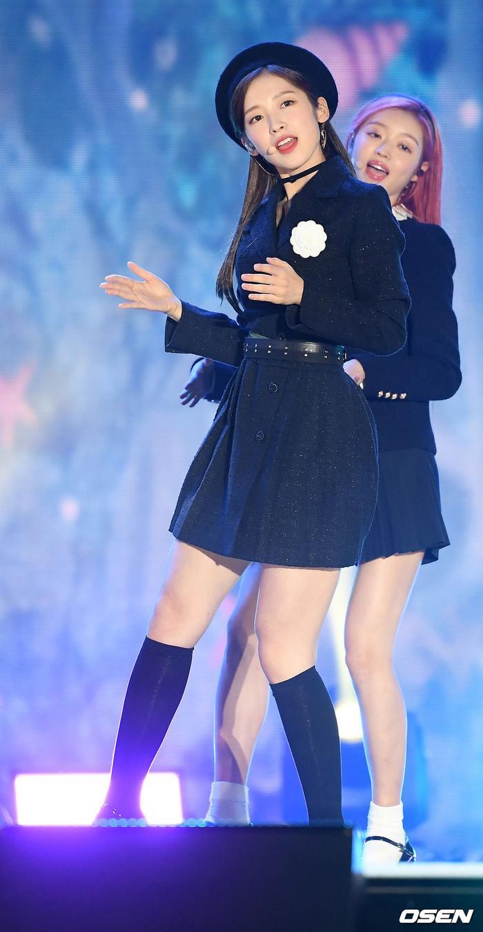 Kang Daniel, Tiffany (SNSD), Red Velvet rủ nhau đi 'trẩy hội' âm nhạc: Dập dìu tài tử giai nhân! Ảnh 47
