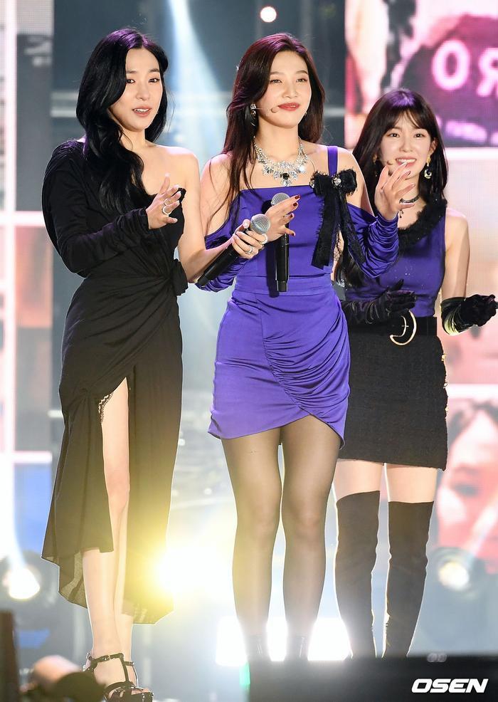 Kang Daniel, Tiffany (SNSD), Red Velvet rủ nhau đi 'trẩy hội' âm nhạc: Dập dìu tài tử giai nhân! Ảnh 5