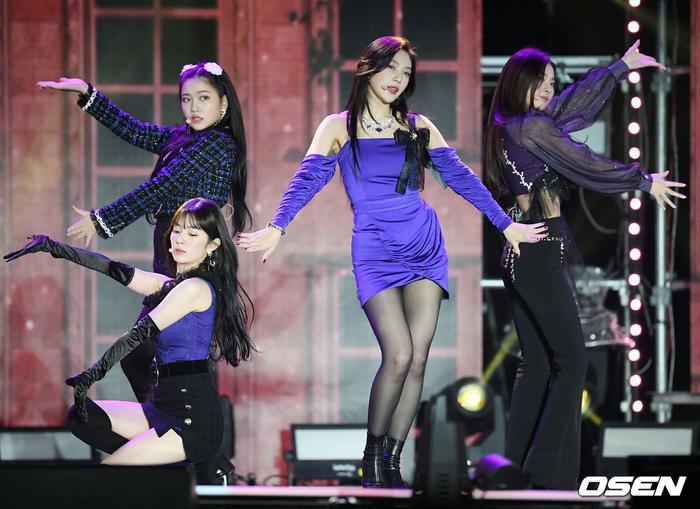 Kang Daniel, Tiffany (SNSD), Red Velvet rủ nhau đi 'trẩy hội' âm nhạc: Dập dìu tài tử giai nhân! Ảnh 24