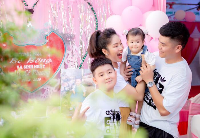 Lần đầu dự sự kiện sau 2 năm 'ở ẩn' sinh con, Lê Phương đăng ảnh so sánh bản thân khiến ai cũng phải kinh ngạc Ảnh 1