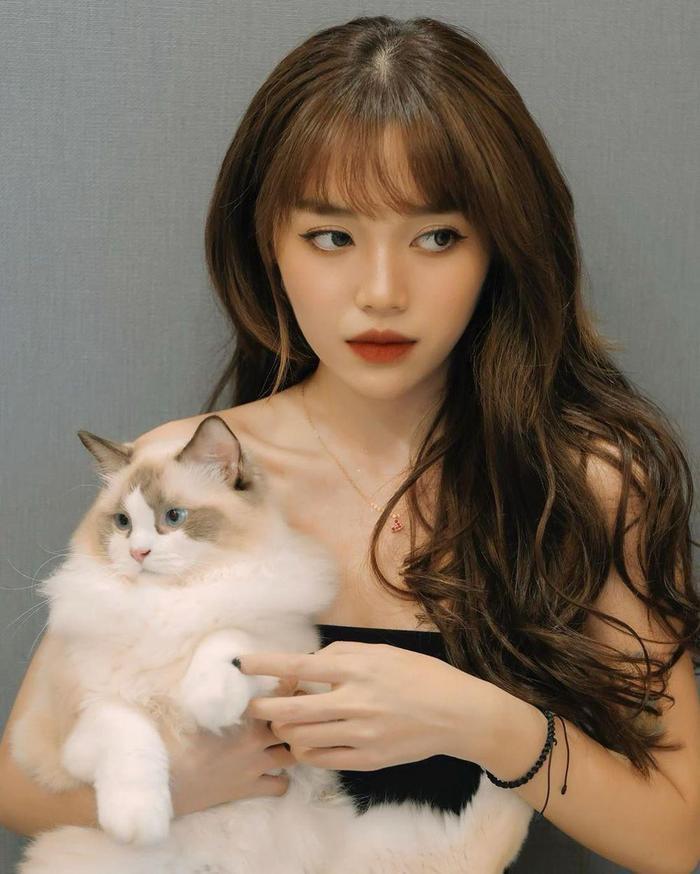 6 nữ YouTuber hot nhất Việt Nam: Mỗi kênh đều trên 2 triệu sub, thu nhập khủng đáng ngưỡng mộ Ảnh 11