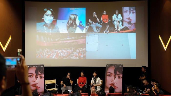 'Chị chị em em' vinh dự được tham dự liên hoan phim quốc tế Busan 2020 Ảnh 12