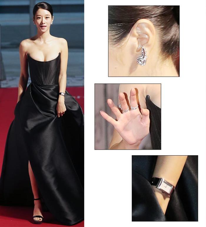 Sang chảnh diện đồ 1 tỷ 3, Seo Ye Ji vẫn 'hớ hênh' lộ ngực trên thảm đỏ Ảnh 4