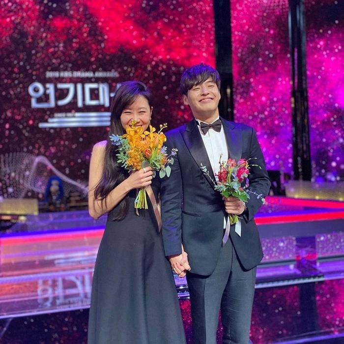 Địch Lệ Nhiệt Ba, Joo Ji Hoon và Kim Hee Ae thắng giải tại 'Asia Contents Award' - LHP Busan 2020 Ảnh 5