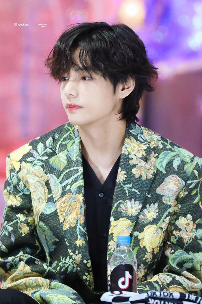 Được khen là idol, Nhật Hoàng 'King of Rap' giống thành viên nào của BTS? Ảnh 15