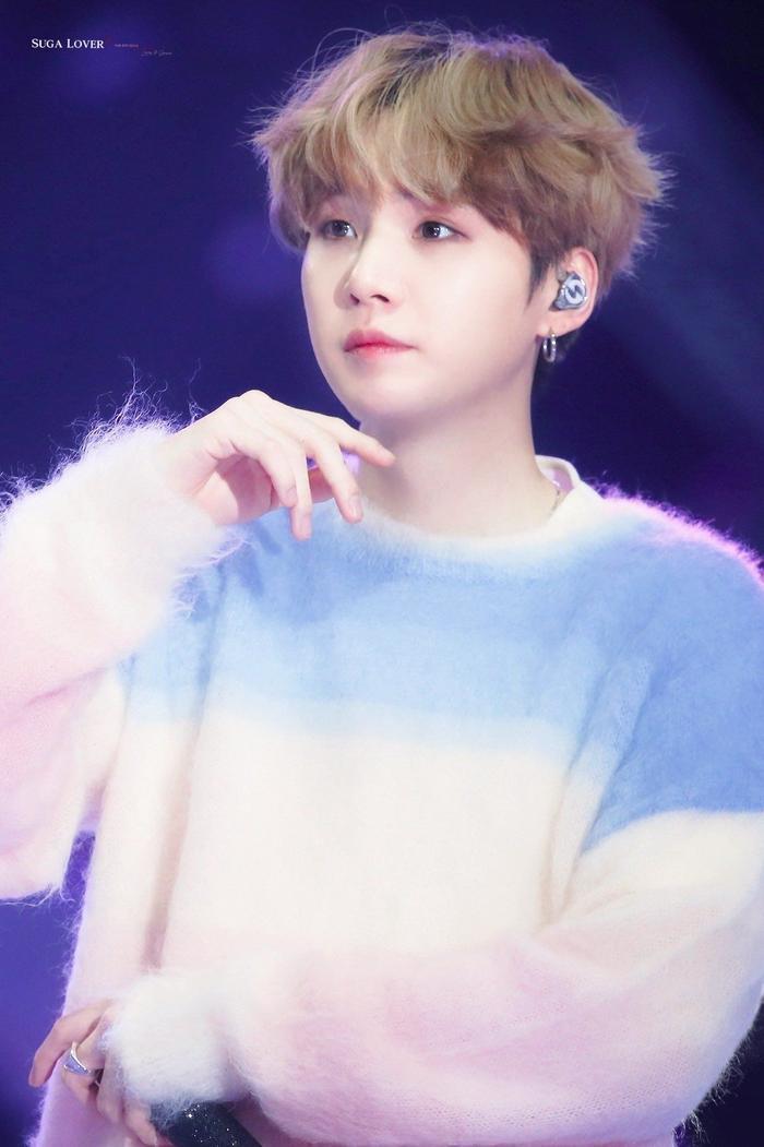 Được khen là idol, Nhật Hoàng 'King of Rap' giống thành viên nào của BTS? Ảnh 12