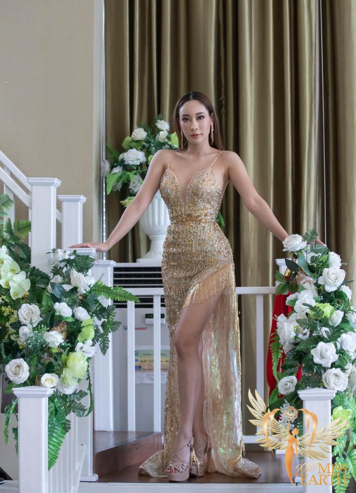 Dàn mỹ nhân Miss Earth trình diễn váy dạ hội: Hoa Thái nổi bật với Evening Gown Địa cầu lấp lánh Ảnh 9