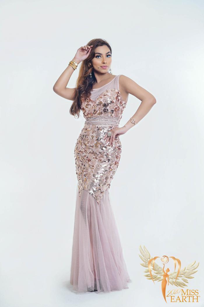 Dàn mỹ nhân Miss Earth trình diễn váy dạ hội: Hoa Thái nổi bật với Evening Gown Địa cầu lấp lánh Ảnh 12
