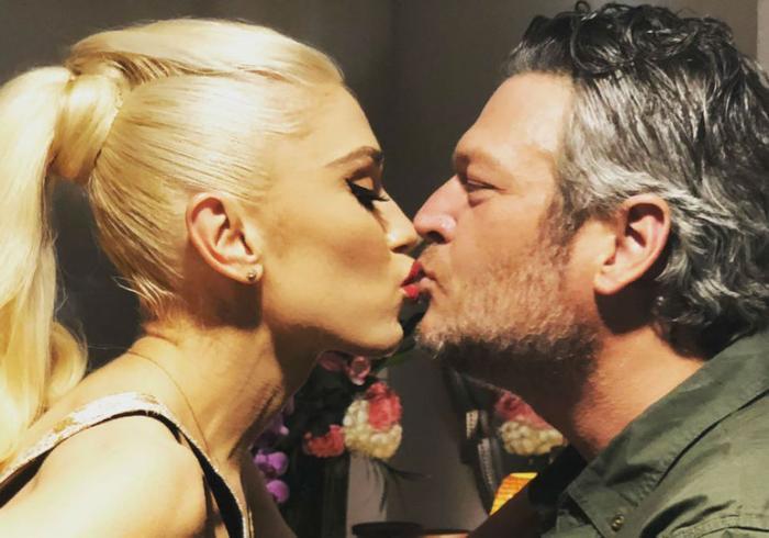 Gwen Stefani chính thức nhận lời cầu hôn từ Blake Shelton sau 5 năm bên nhau Ảnh 4