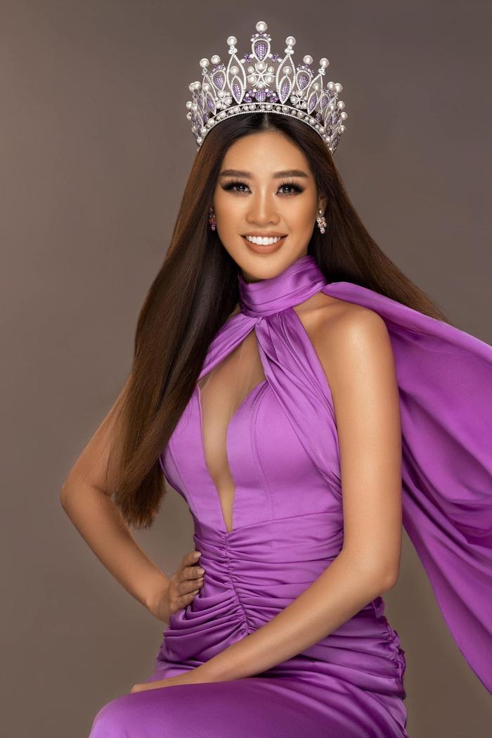 Khánh Vân ghi điểm mạnh với màn ứng xử khéo léo: 'Lọt Top 2 Miss Universe, nắm tay ai cũng hạnh phúc' Ảnh 1