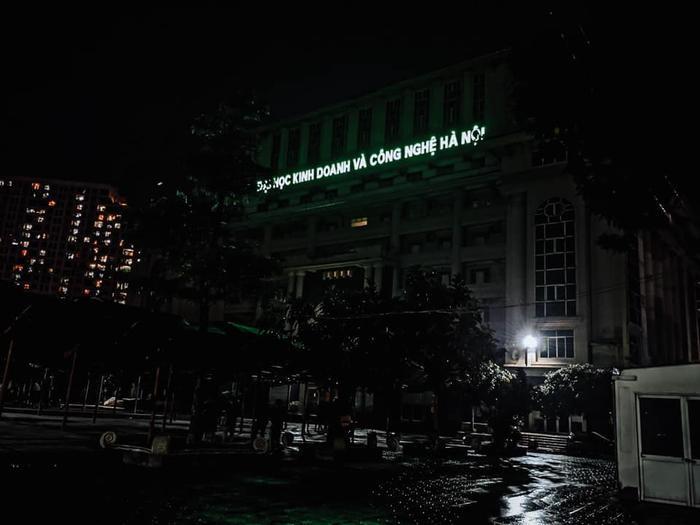 Xuất hiện 'Đại học Kinh Công' khiến dân mạng chắc nịch: 'Sinh viên ra trường chắc võ công cao cường lắm' Ảnh 2