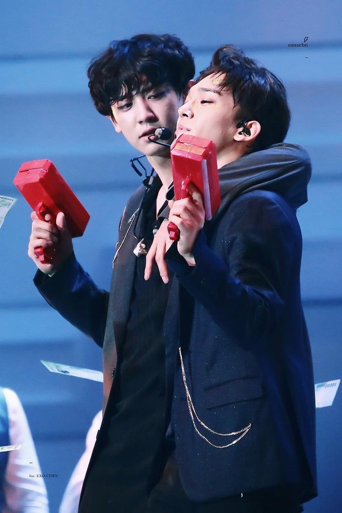 EXO lục đục nội bộ, thành viên mà Chanyeol ghét và chửi bới sau lưng là ai? Ảnh 10
