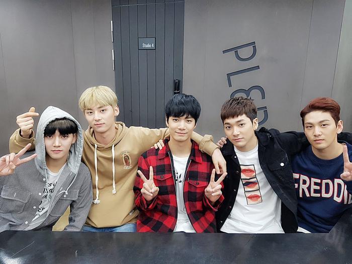 Đề cử 'MAMA 2020' công bố tất cả đề cử: BTS cạnh tranh EXO, Blackpink đấu với TWICE - Red Velvet Ảnh 15