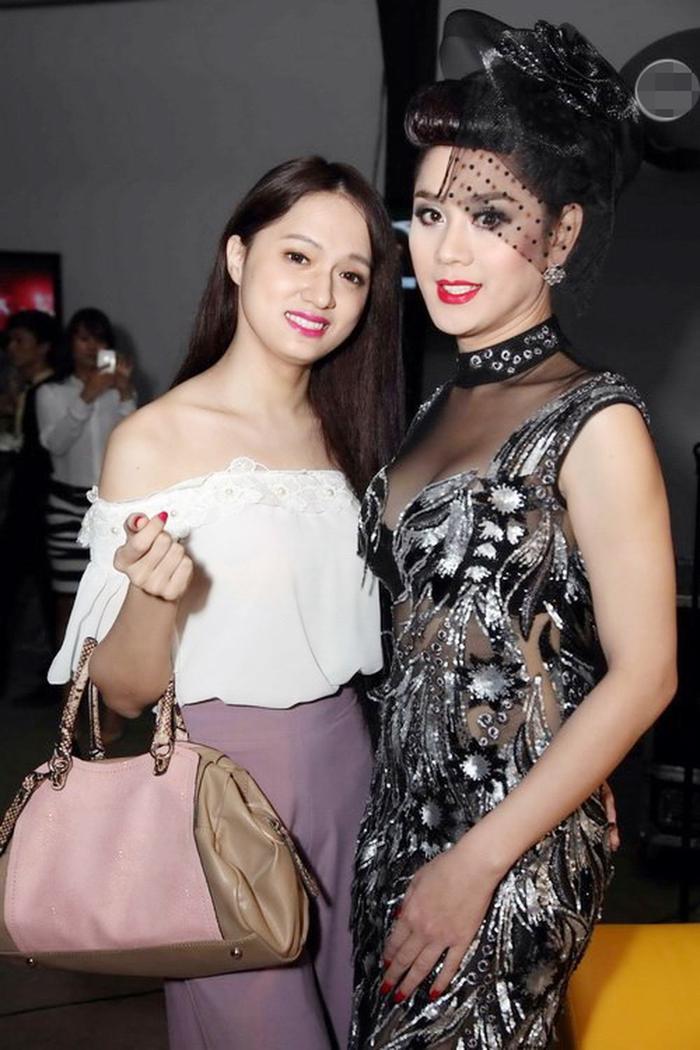 Hương Giang xin lỗi Lâm Khánh Chi vì gọi nhầm tên 'chị Khanh': Đàn chị hồi đáp quá 'sững sờ'? Ảnh 2
