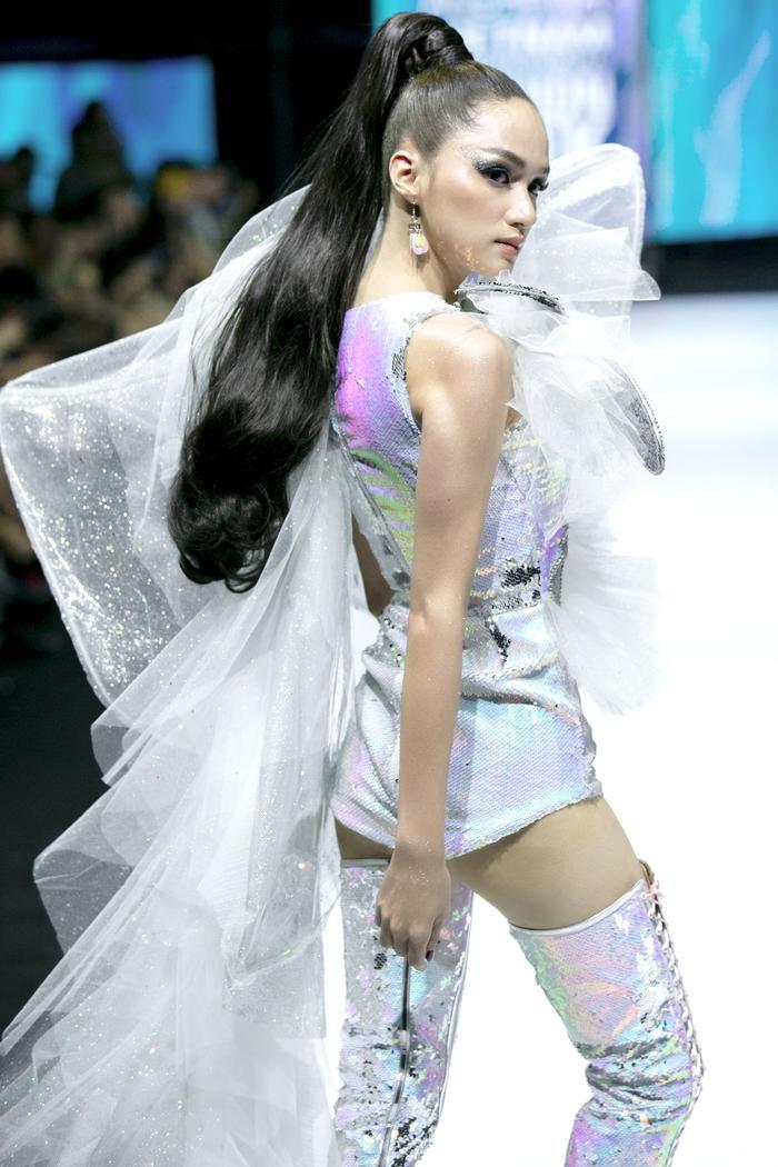 3 lần Hoa hậu Hương Giang gặp 'ngập chìm' trong scandal với 3 cá tính đáp trả dư luận khác nhau Ảnh 6