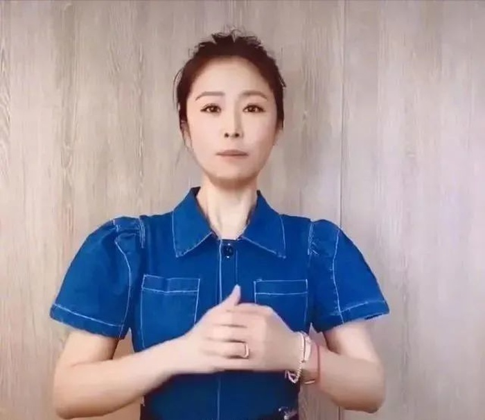 Lâm Tâm Như đeo nhẫn cưới, chủ động bác bỏ tin đồn ly hôn với Hoắc Kiến Hoa Ảnh 5