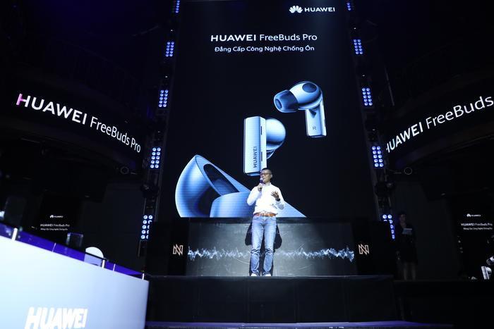 Huawei chính thức giới thiệu tai nghe không dây Freebuds Pro tại VN Ảnh 1