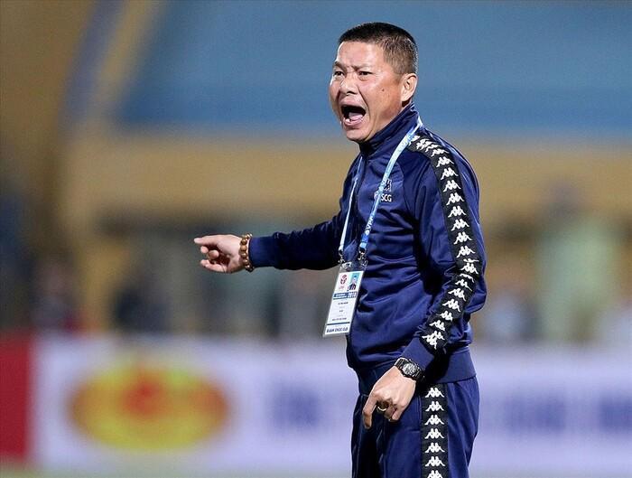 Chửi bậy và văng tục, HLV Chu Đình Nghiêm bị cấm chỉ đạo hết V.League 2020 Ảnh 1